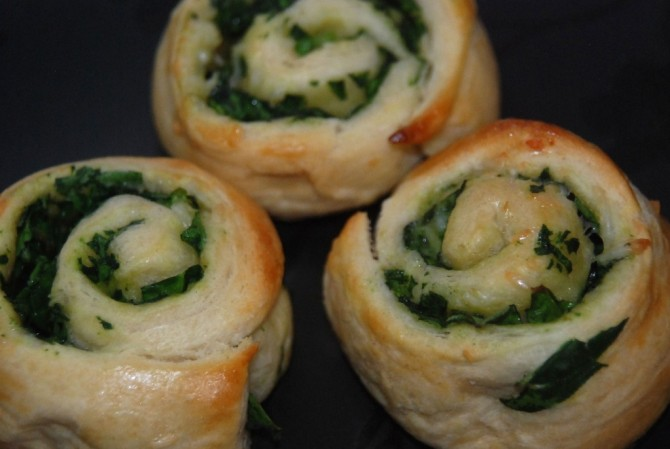 Pin it. Make it. Eat it. — Spinach Rolls
