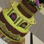 brown and lime green cake